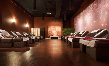 Up to 52% Off Reflexology & Massage at Foot Smile Spa - Chicago